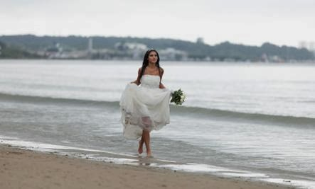 4 Reasons Why There's More to Life Than Marriage - bride walking sea water beach walk