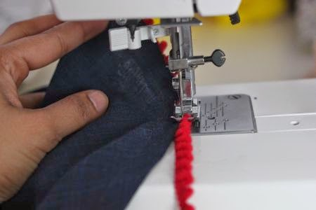 How to attach trimming to hem