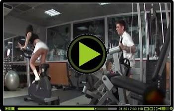 Όταν οι γυναίκες ξεχνάνε να βάλουν εσώρουχο στο γυμναστήριο, ομορφαίνει η ατμόσφαιρα! Συμφωνείτε; (VIDEO)