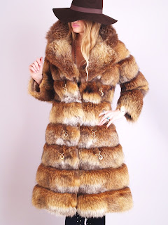 Vintage 1960's red-brown fox fur bubble coat with large collar
