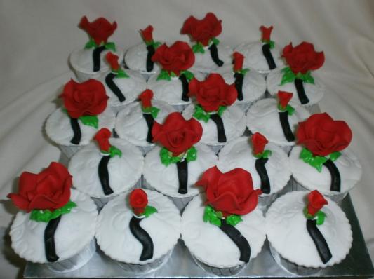 selamat datang cup cake dengan warna yang merah cili