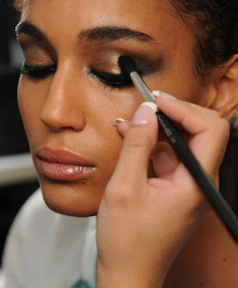 Metallic make up styles, impressive, beautiful, stylish, trendy, simple, images, pictures