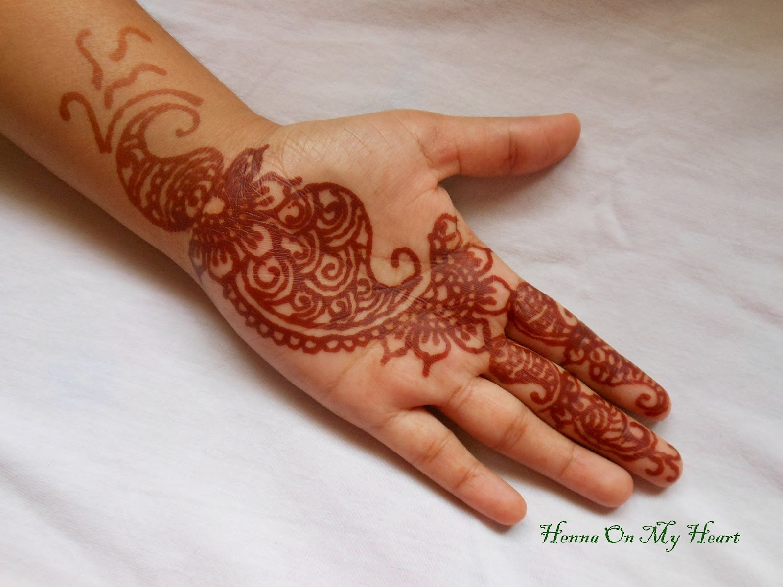 Mehndi Heart Design Simple : Henna designs simple heart makedes