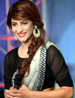 shruti_nogoodlook_side1-703882.jpg