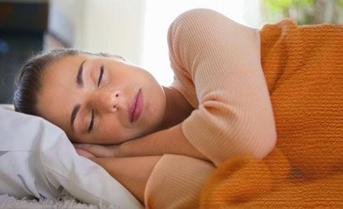 Posisi Tidur yang Baik untuk Sakit Punggung