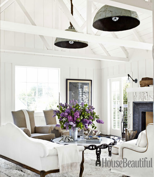 Mix and chic home tour a chic and dreamy california for Beach cottage lighting fixtures