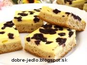 Kysnutý koláč s tvarohom a čučoriedkami - recept