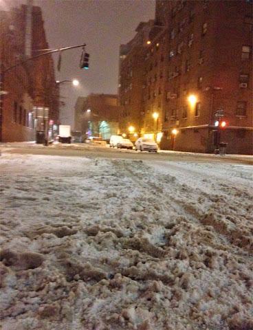 Jornalista piauiense relata clima em Nova York por causa de tempestade de neve