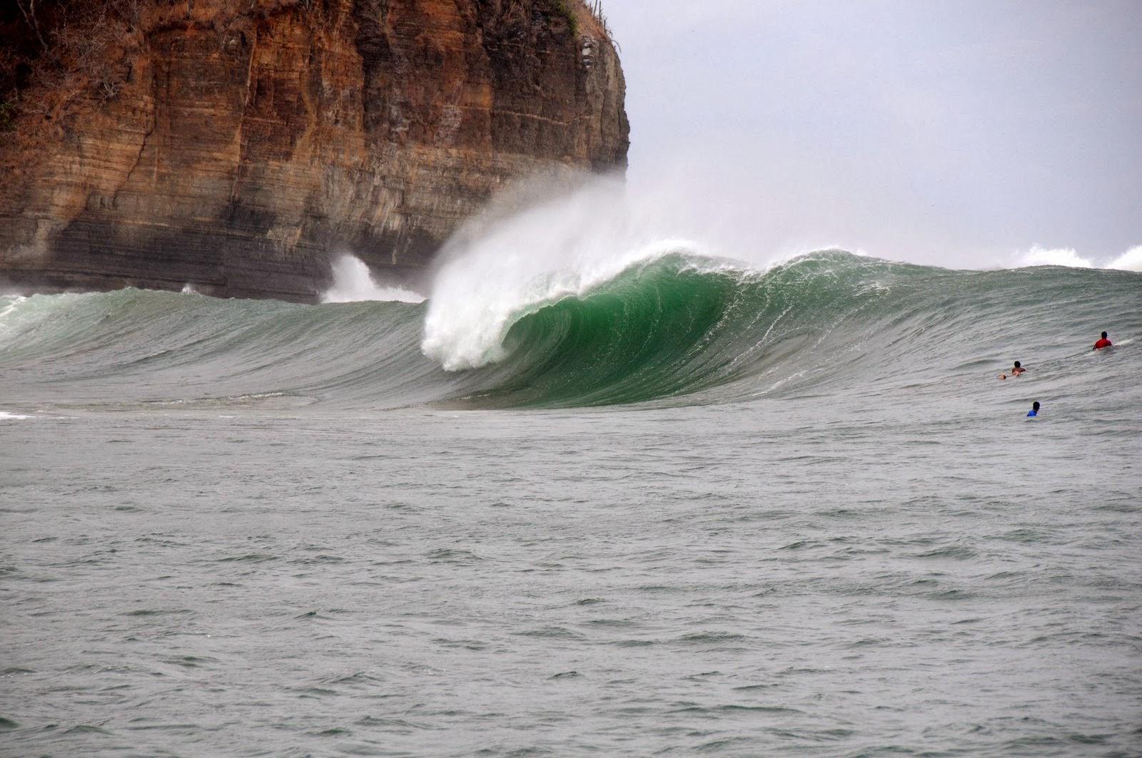 Surfing i Nicaragua