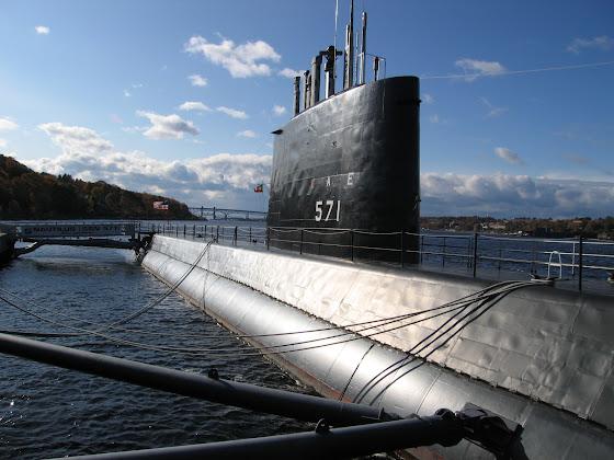 USS Nautilus (SSN 571)
