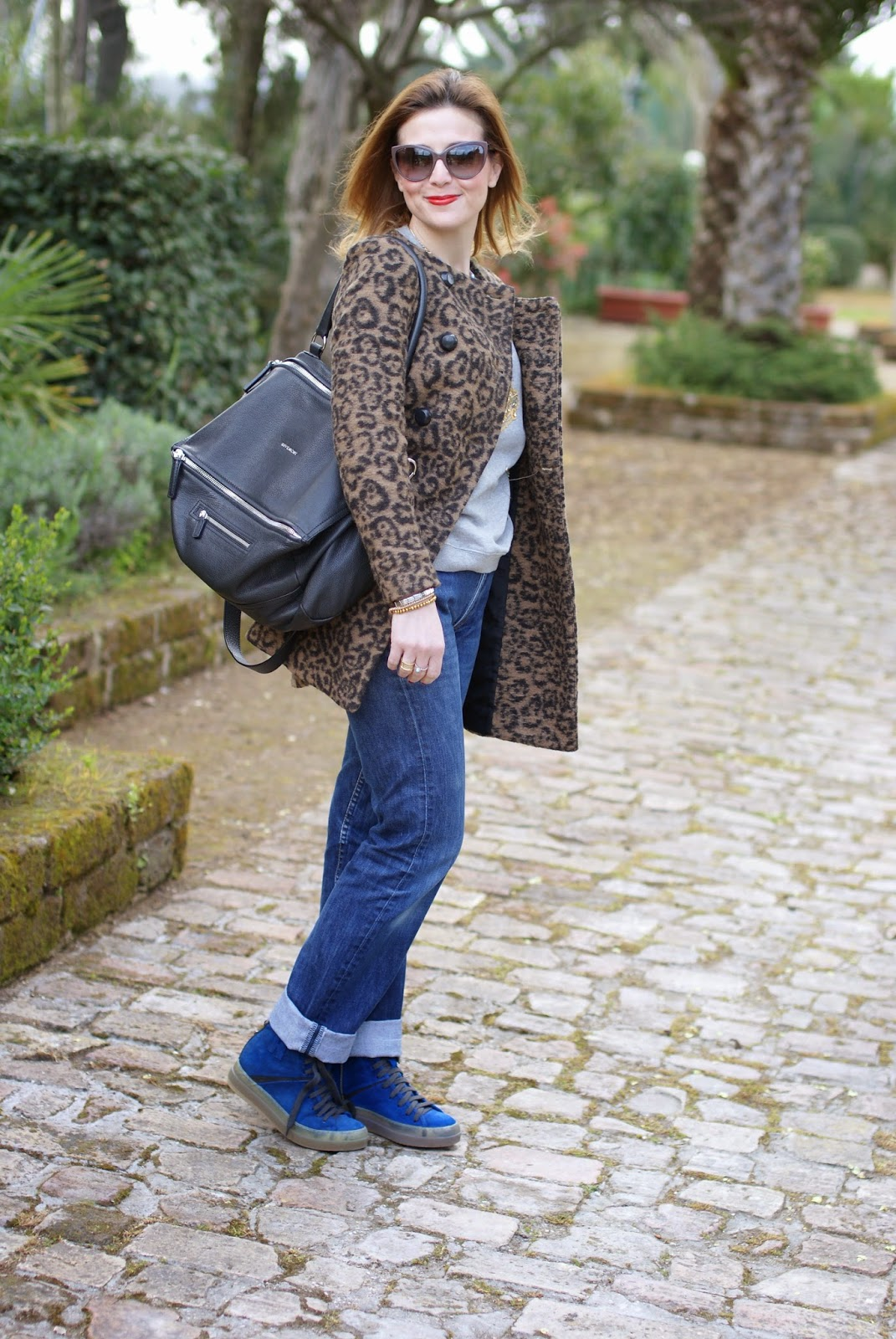 Givenchy Pandora grande, cappotto leopardato Zara, Ruco Line blue shoes, Fashion and Cookies, fashion blogger