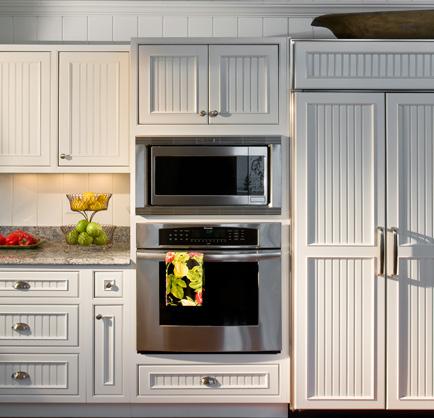 B e interiors beadboard for Beadboard kitchen cabinets