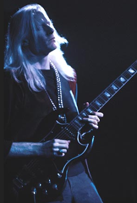 Rock 1on1 - Johnny Winter Woodstock 1969.png