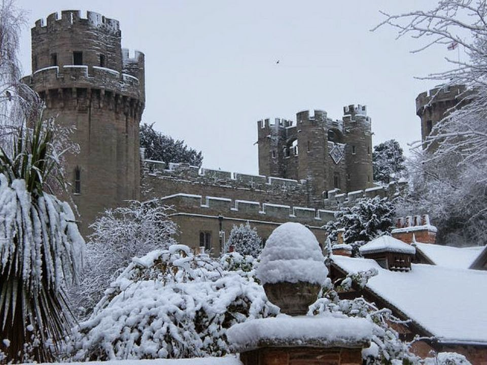 Inspire Magazine Online - UK Fashion, Beauty & Lifestyle blog | Lifestyle // Seasonal Adventures to take in the South East this winter; Inspire Magazine; Inspire Magazine Online; Warwick Castle