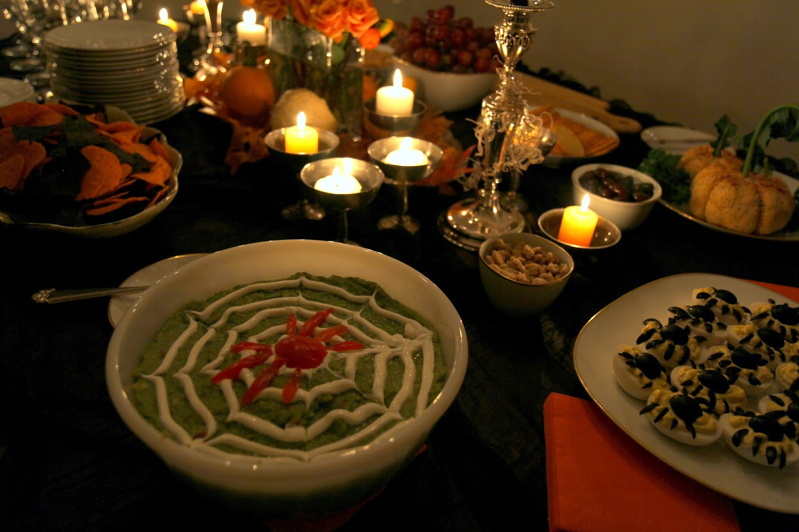 Guacamole with Sour Cream Spiderweb: Spooky Glam Halloween Party