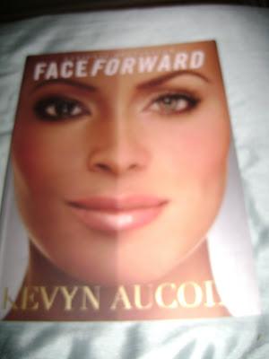 Livres: Kevyn Aucoin + Robert Jones