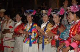 Perempuan Mosou di China - www.jurukunci.net