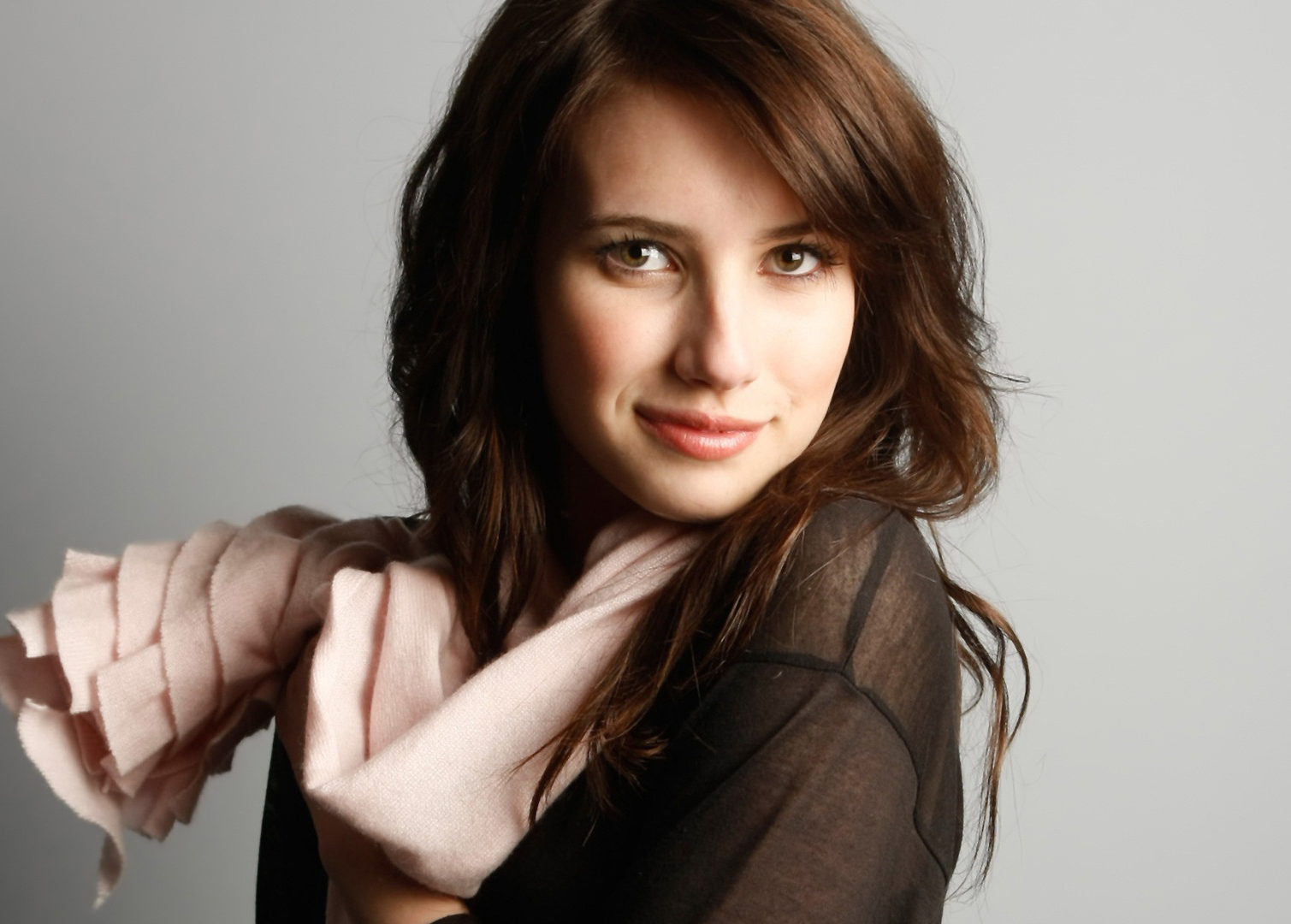 Emma Roberts | Sexy Woman Pictures | HD Wallpapers | Photo | Hot Girls
