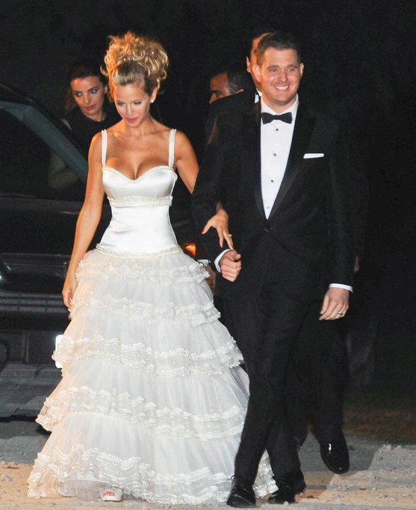 Hermosa LULU Luisana Lopilato And Michael Buble Are