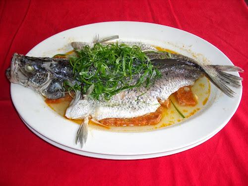 Menu masakan ikan yang lezat