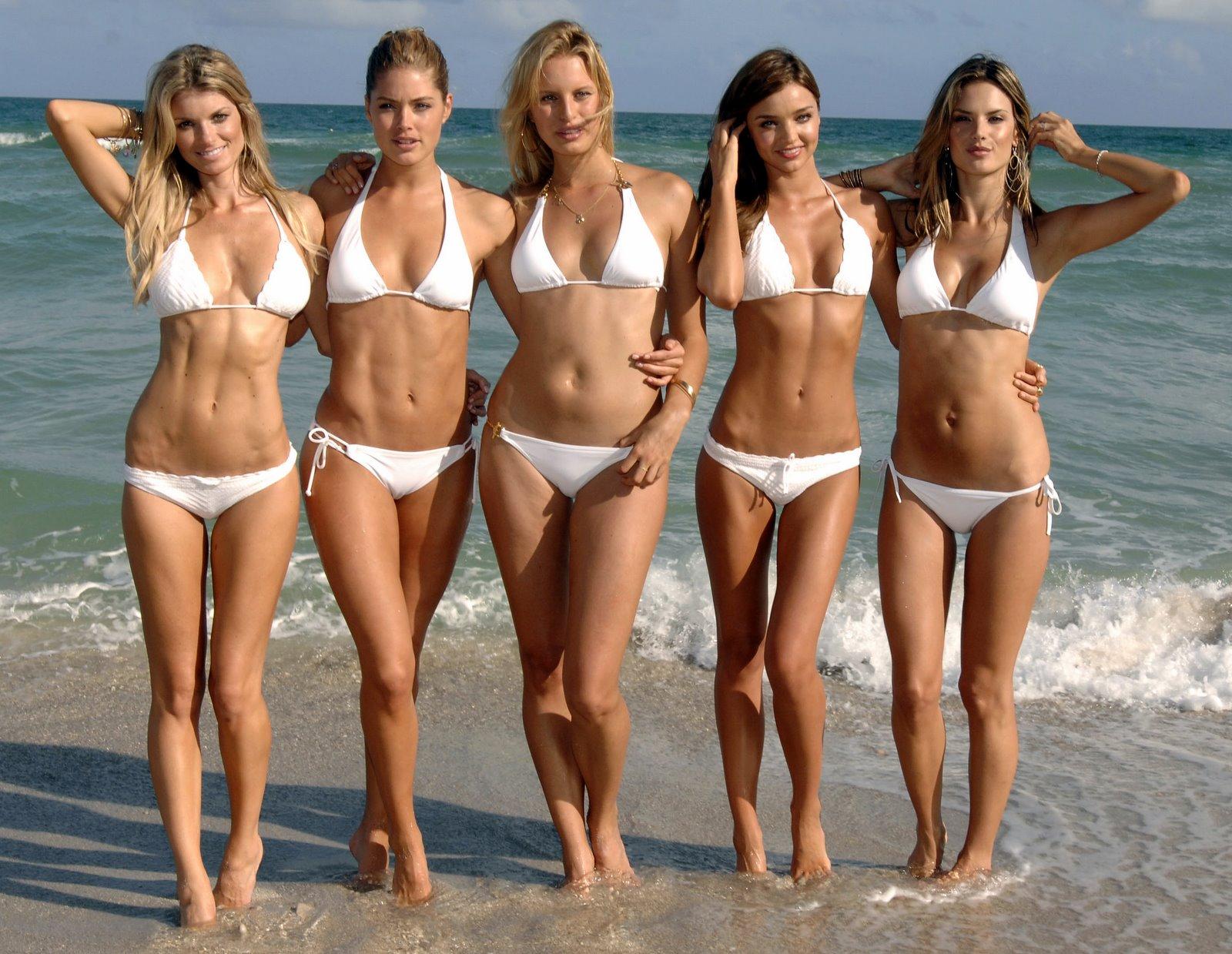 http://4.bp.blogspot.com/-k7C-fzUWteg/TyPi-XvLs-I/AAAAAAAAB_Q/lHCesjJBFCE/s1600/Doutzen_Kroes_Alessandra_Ambrosio_Miranda_Kerr_Karolina_Kurkova_Marisa_Miller_Bikini+0003.jpg