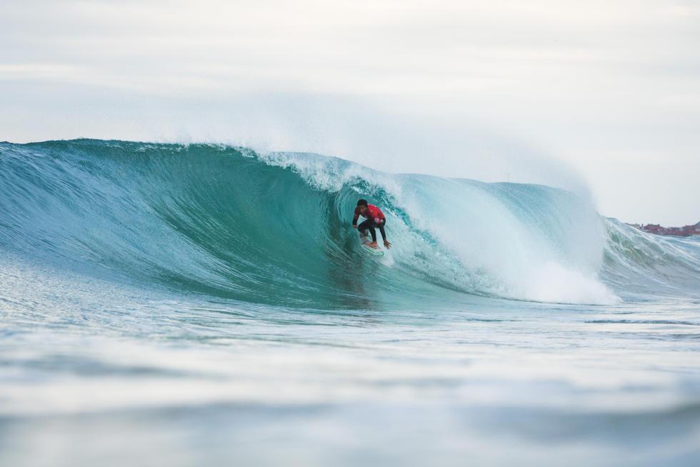 2 Filipe Toledo BRA Moche Rip Curl Portugal 2015 Foto WSL Poullenot Aquashot