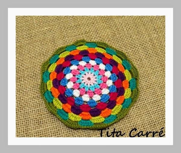 Mandala em crochet Multicolorida com Realce de Gibelto Gil