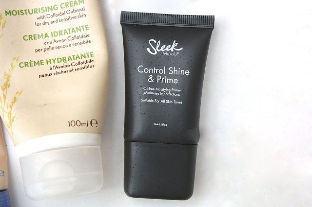 Foundation that covers dry patches