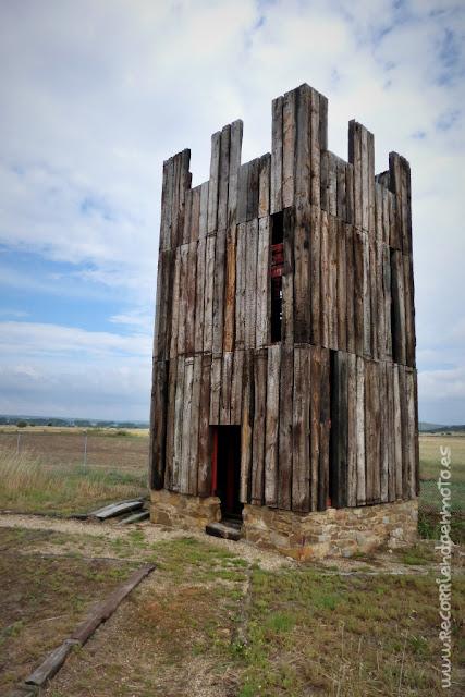 Recreación torre campamento Petavonium