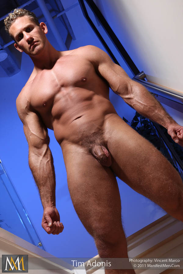 Naked Hunks Without Trunks
