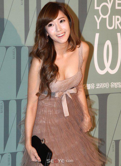 Beautiful Asian Artists: Jessica Jung