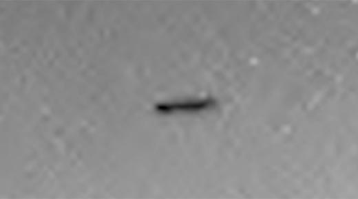 OVNI es fotografiado patrullando cúpula en Marte