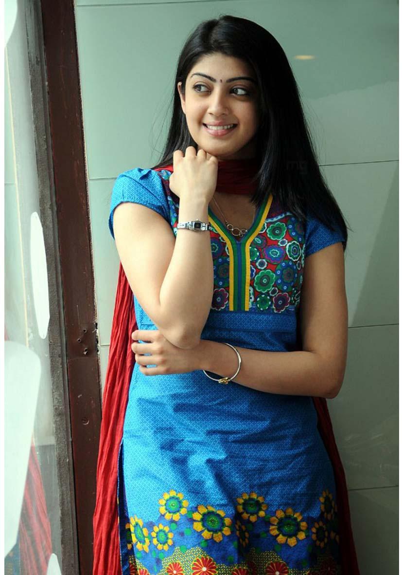 hub images indian actress pranitha