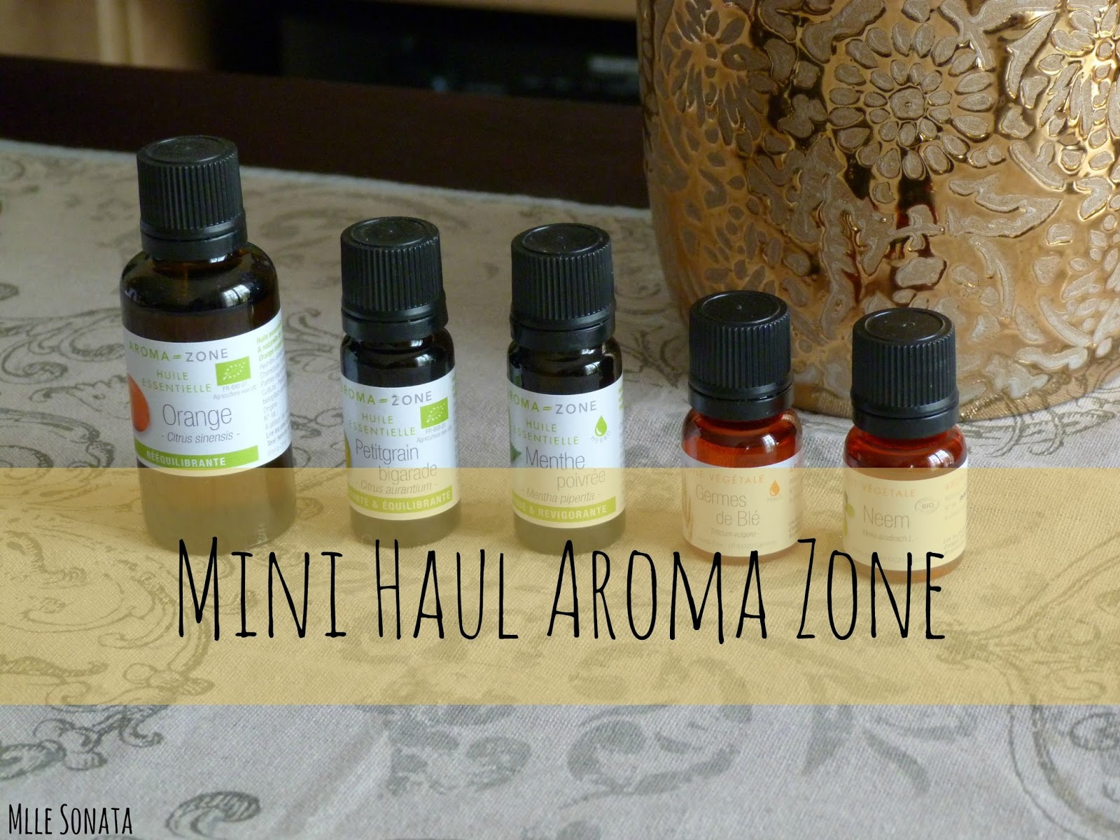 haul aroma zone huiles essentielles et v g tales mlle sonata le blog. Black Bedroom Furniture Sets. Home Design Ideas