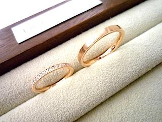 丁寧につくられたセミオーダーマリッジリング(結婚指輪)です。