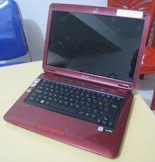 jual laptop bekas sony vaio vgn cs115d