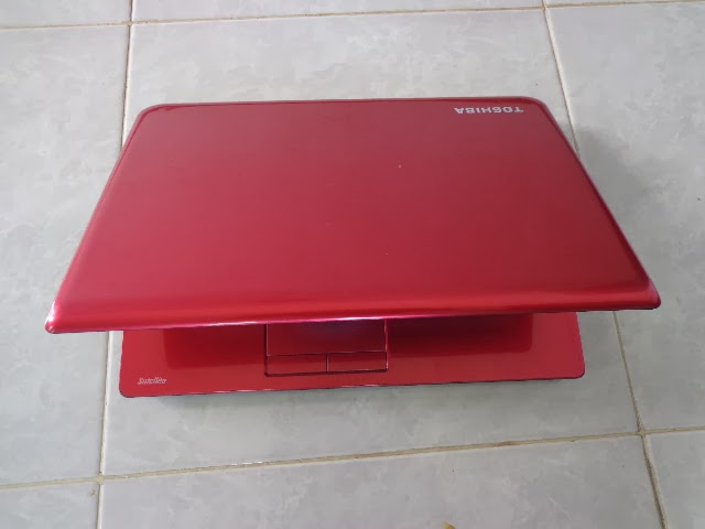 Toshiba C40-A Core i3 Red