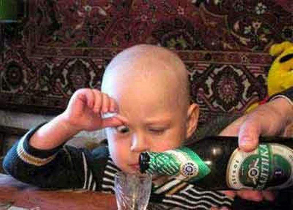 Foto bayi lucu lagi mabuk berat editan terbaru