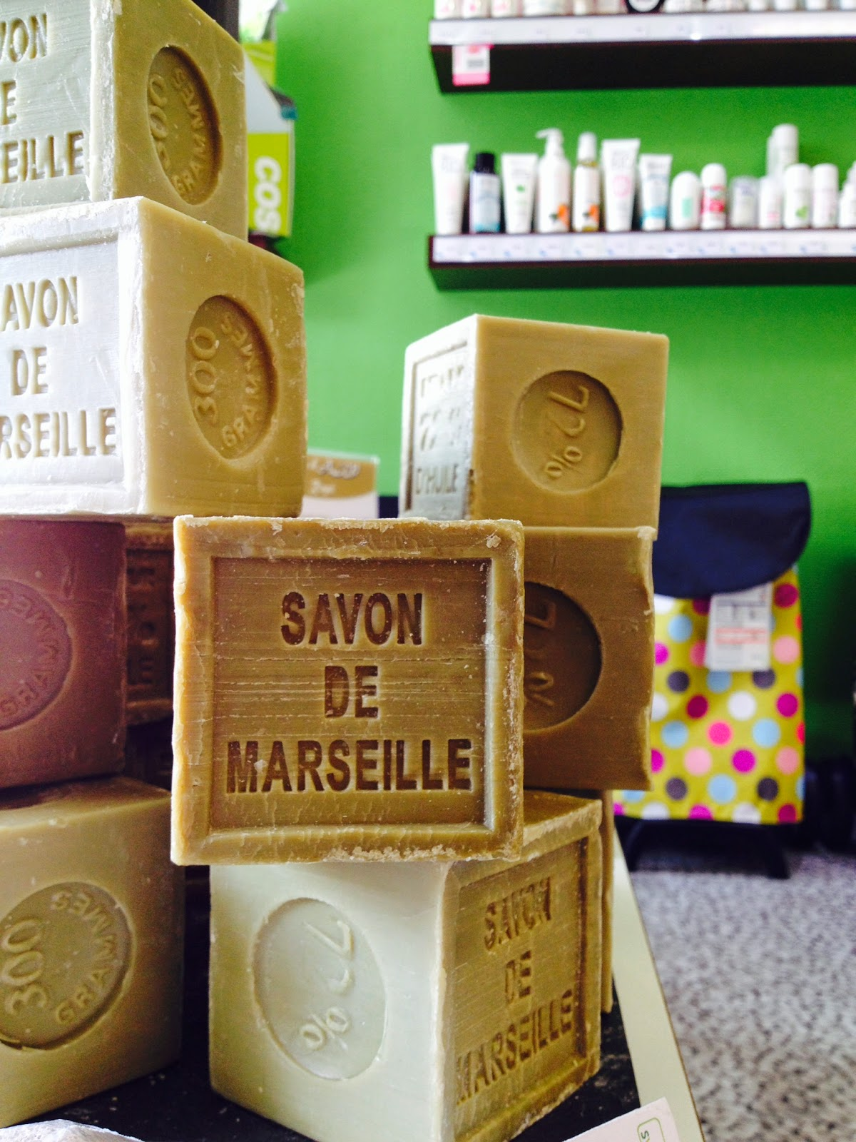 Blog bio reims le v ritable savon de marseille cube - Savon de marseille veritable ...