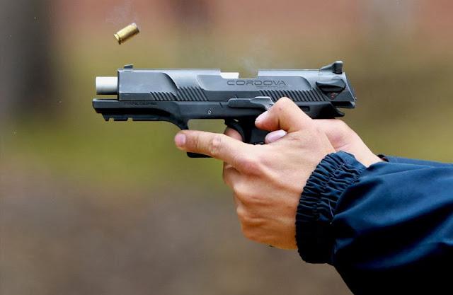 Pistola Cordova