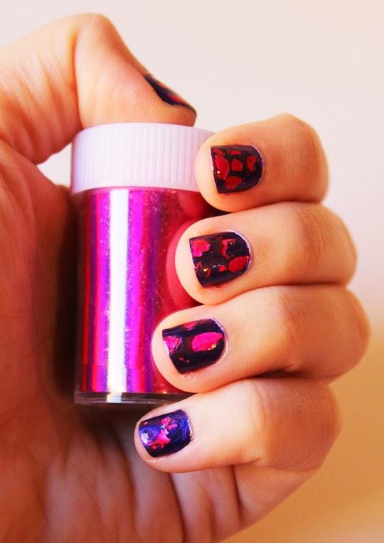 Decoración de uñas con Foil