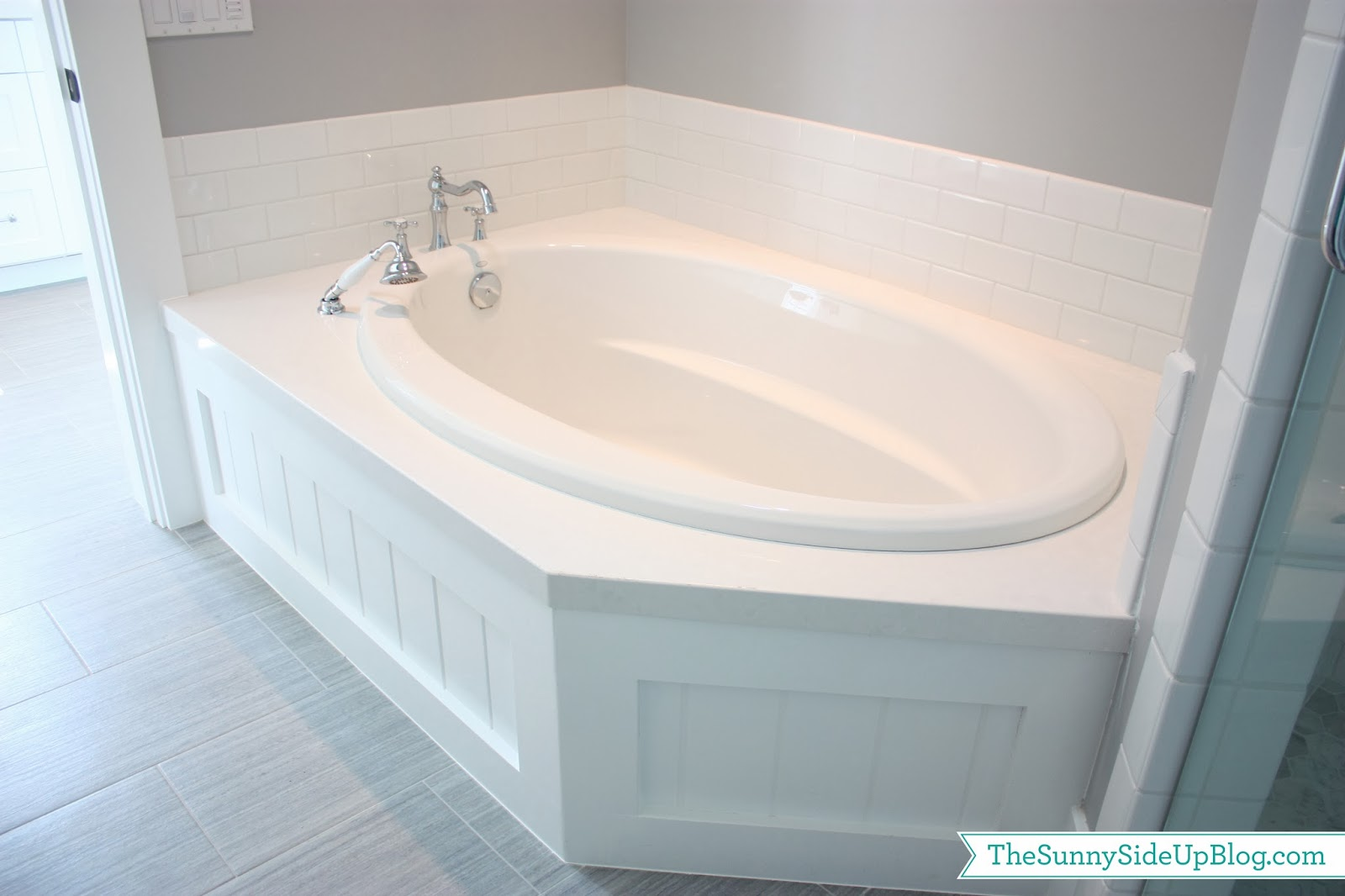 My girls 39 new bathroom the sunny side up blog for New bathtub ideas