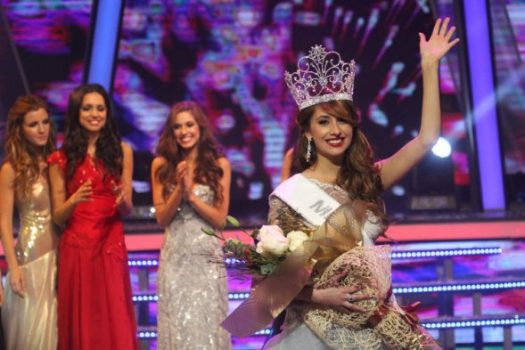 Miss World Chile 2013 winner Camila Andrade