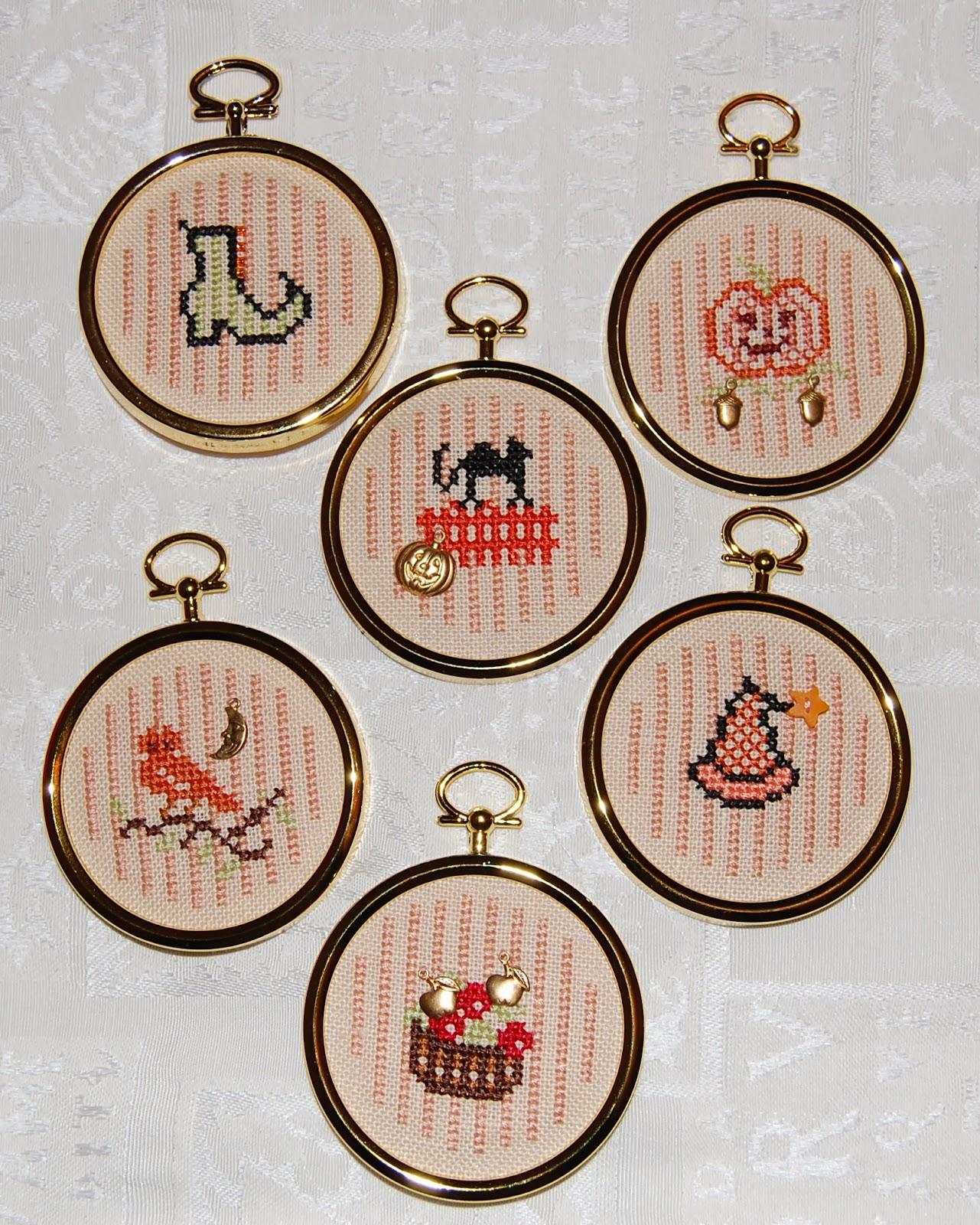 Speedy Stitcher ~ Cross Stitch and Stuff: November 2013