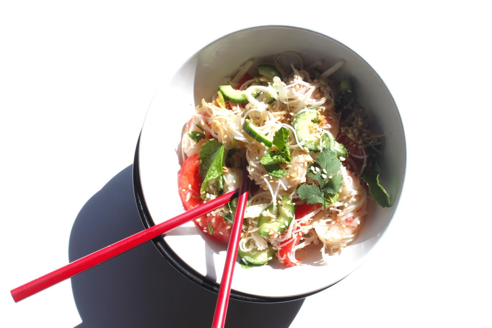Petits repas entre amis salade tha aux crevettes for Petits repas entre amis
