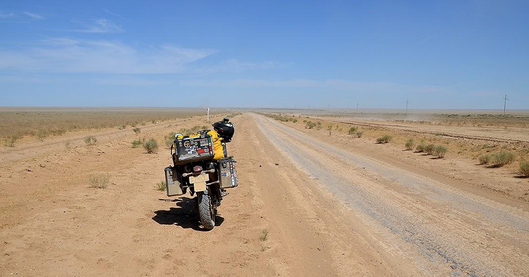Motorcycle gloves outlast - Earth Roamers Avon Trailriders 10 000 Km