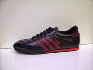 Sepatu Adidas Samba Hitam merah