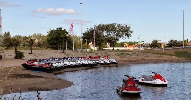 location de jetskis sur l'iles des loisir au Cap d'Agde