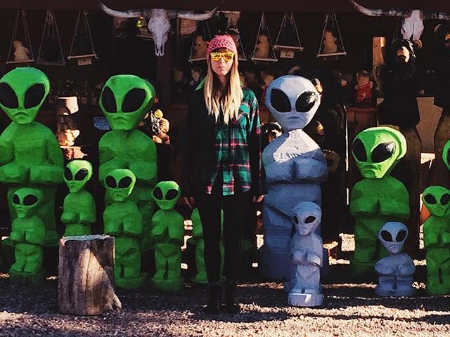 Trishawna is an alien.