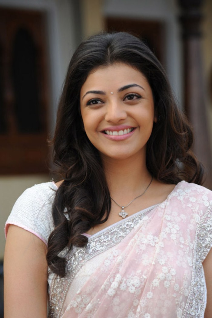 Kajal Agarwal Hot And Cute Saree Pictures In Mr.Perfect Movie ...